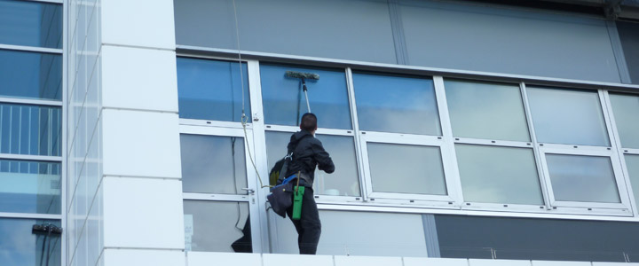 High Level Window Cleaners | Reach and Wash Glasgow | Window Cleaners