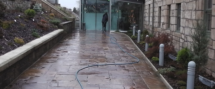 Pressure Washing Glasgow | Window Cleaning Services | Glass Cleaners