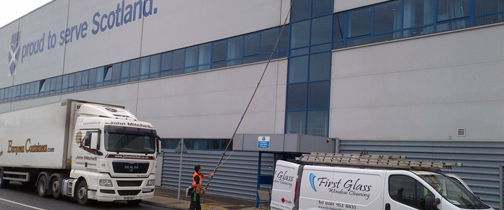 Reach and Wash Glasgow | Cladding Facias Cleaning | High Rise Cleaning
